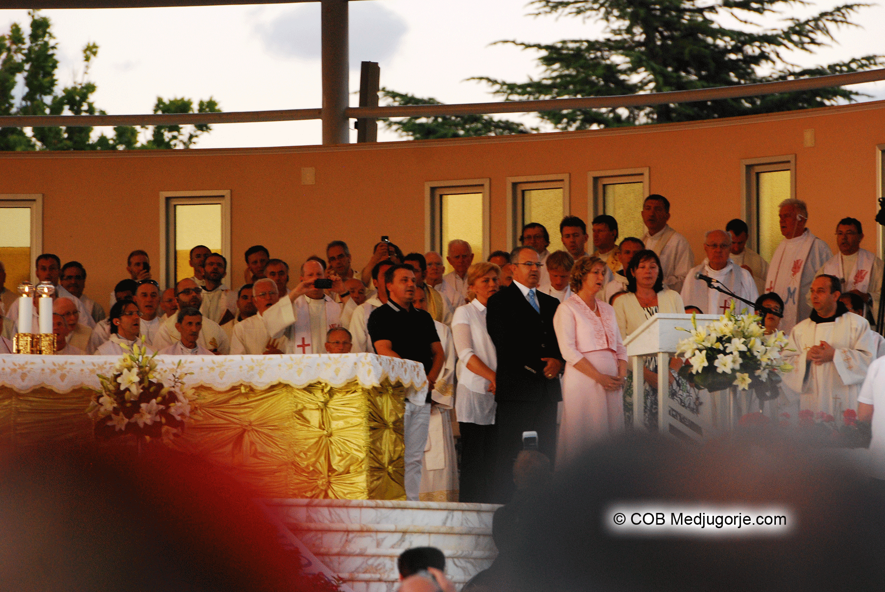 medjugorje visionaries at st james in medjugorje